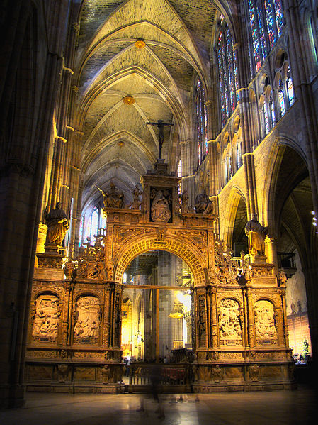 Leon-Cathedral-Internal-2010
