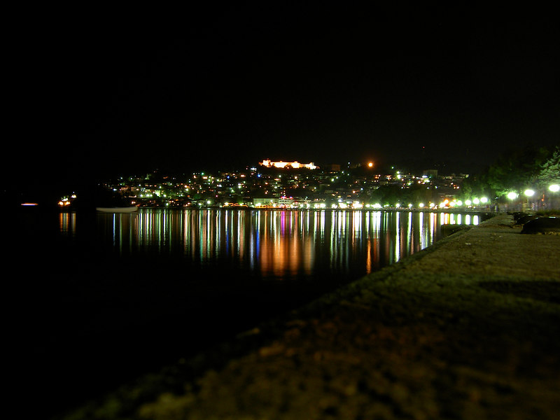 Ohrid_by_night
