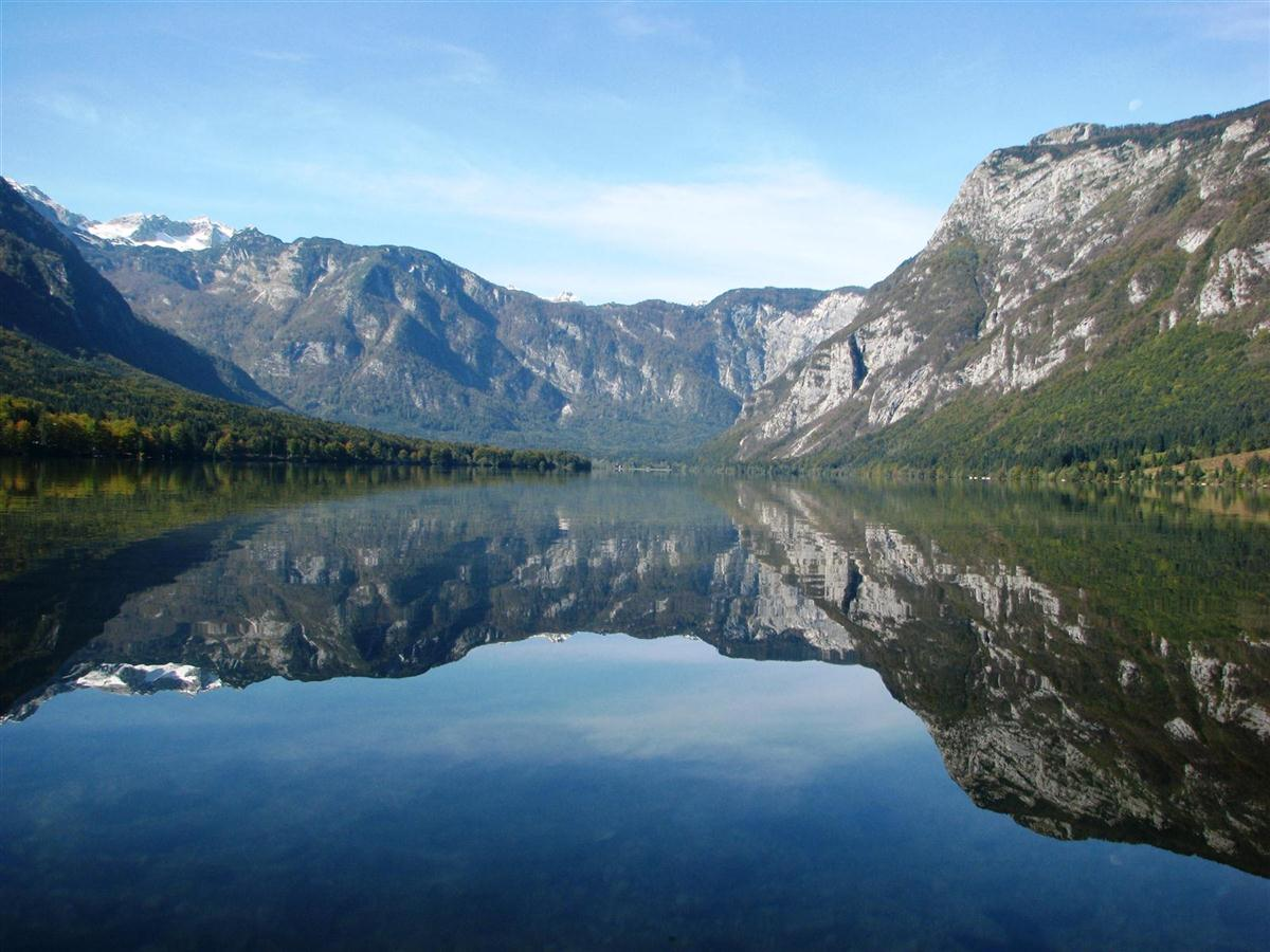 1-lake-bohinj-like-a-mirror1
