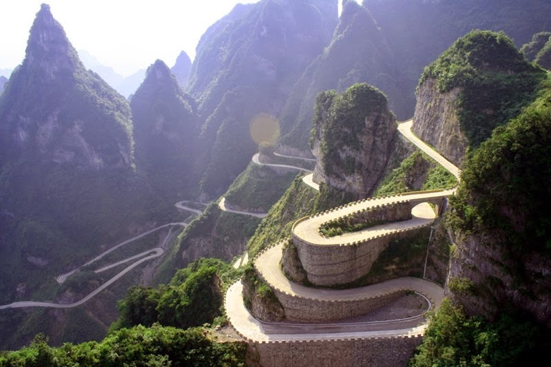 The Big Gate Road, Tianmen Mountain, China - ritebook.blogspot.com -003